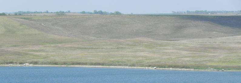 Explore the Missouri River, SD This is a great walleye fishery and family vaca spot
